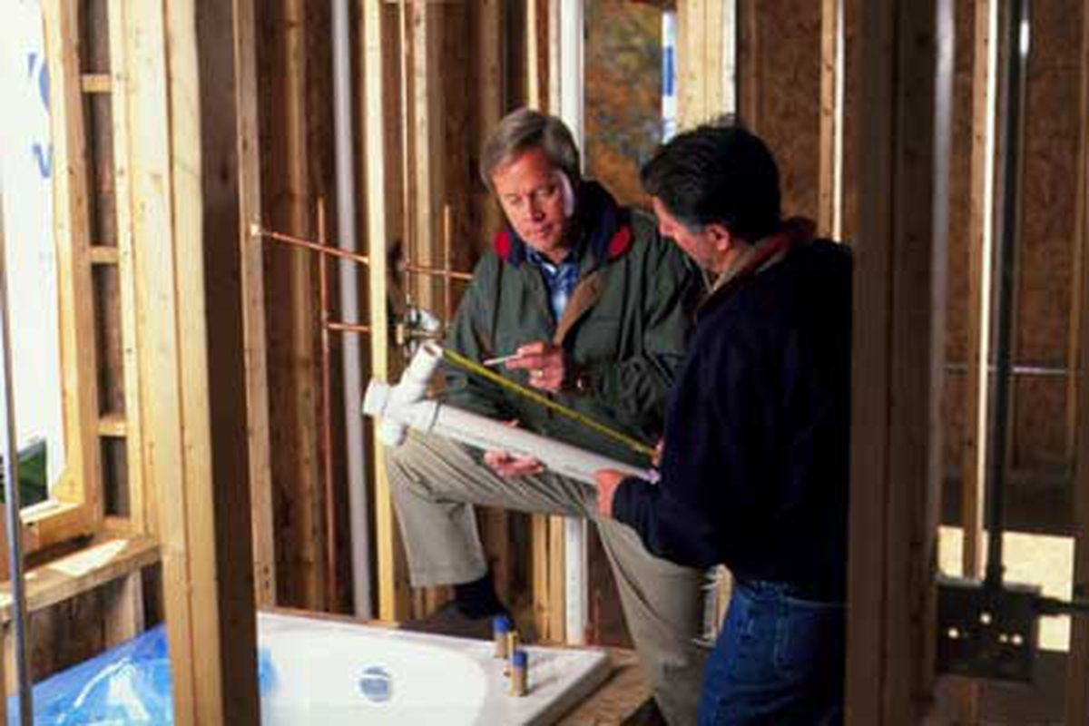 How to hire a plumber when building or remodeling