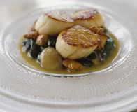 How to clean scallops