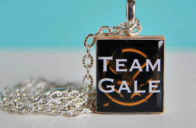 How to Make a Burnt Bread Hunger Games Charm