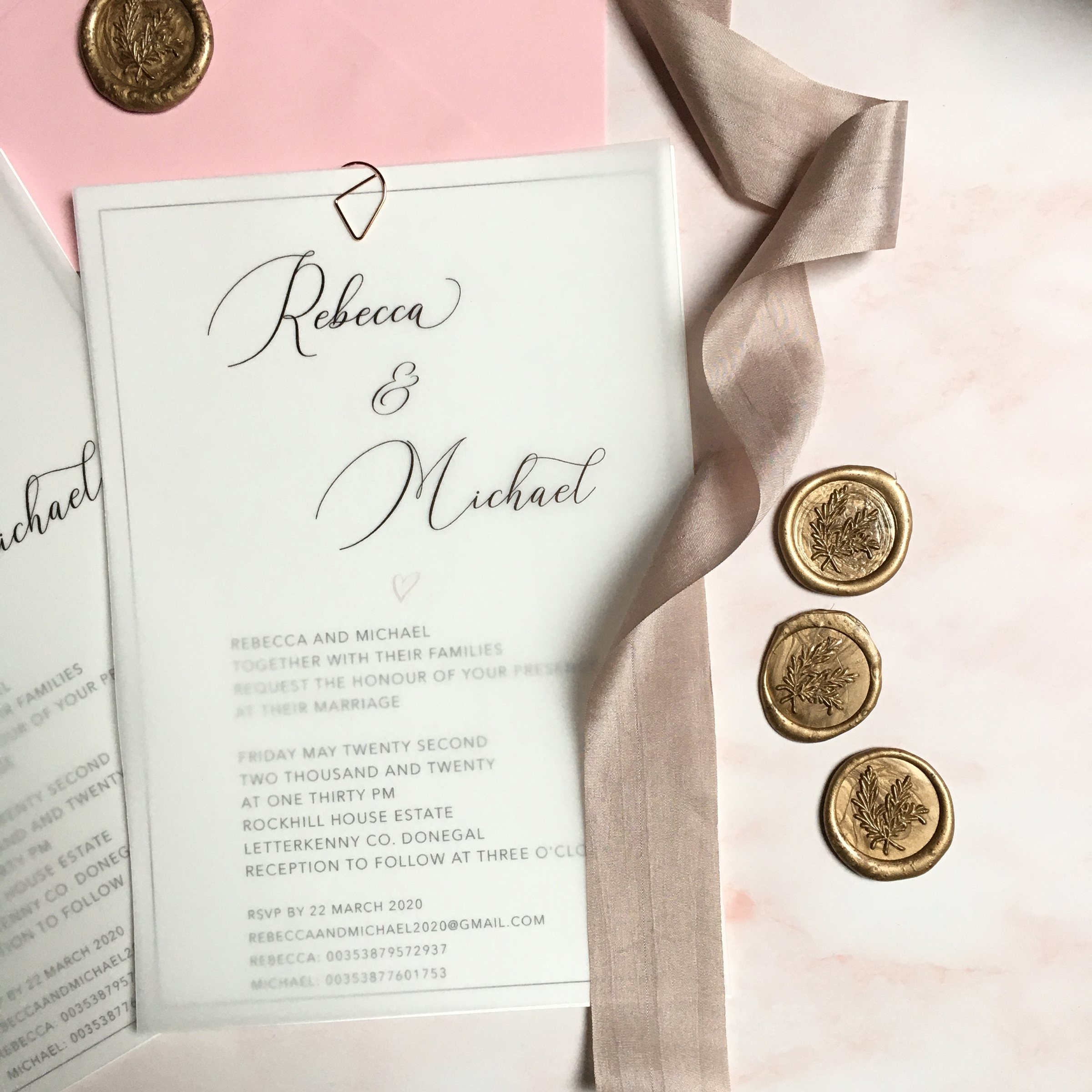 How to pick your perfect wedding invitation